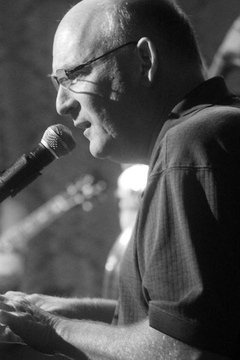 AlanRoyScott performing at St. Rocke B & W